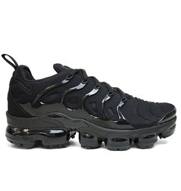 Nike NIKE AIR VAPORMAX PLUS TRIPLE BLACK