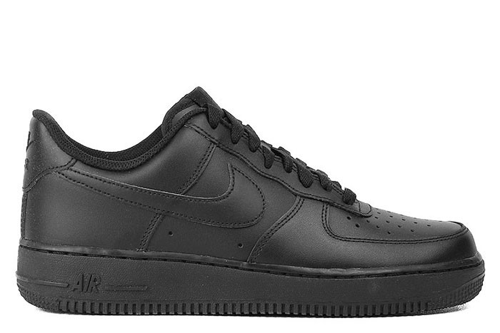 Nike NIKE AIR FORCE 1 07 TRIPLE BLACK