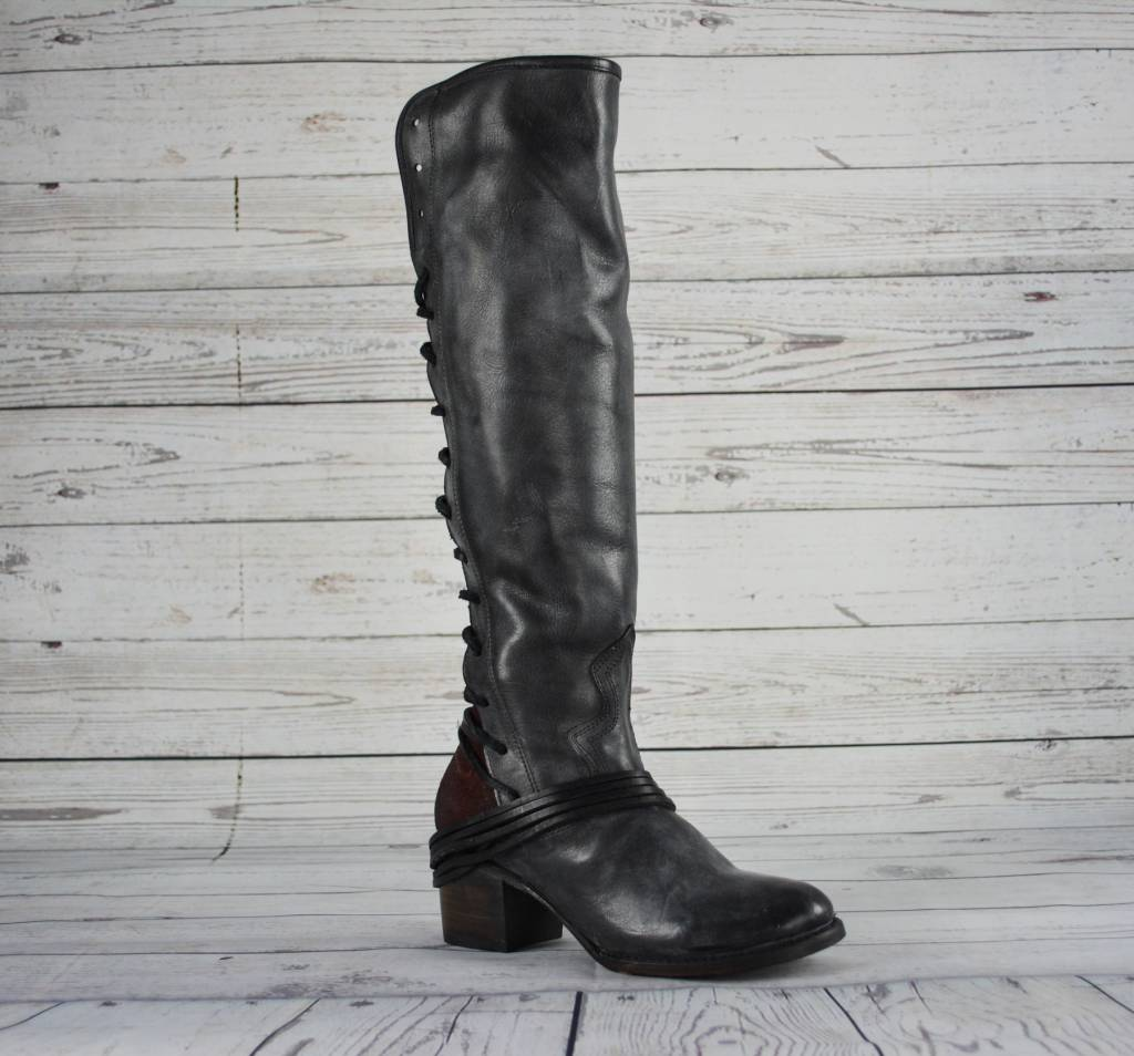 80479e283c3 Freebird Coal Boots - Black