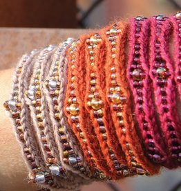 Yarn MUDRA CUFF KIT - NELKIN