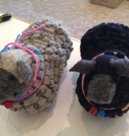 Accessories SHEEP PINCUSHIONS