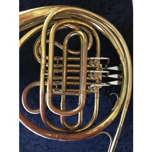Conn Single Horn-Preowned