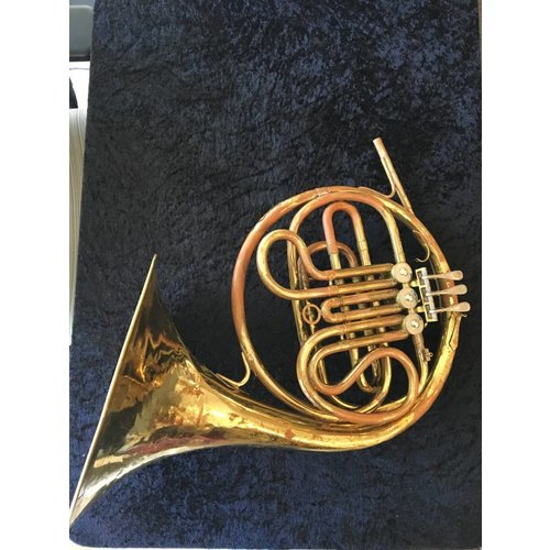 Conn Single Horn-Preowned
