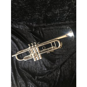 King 2055T Silver Flair Trumpet-Preowned