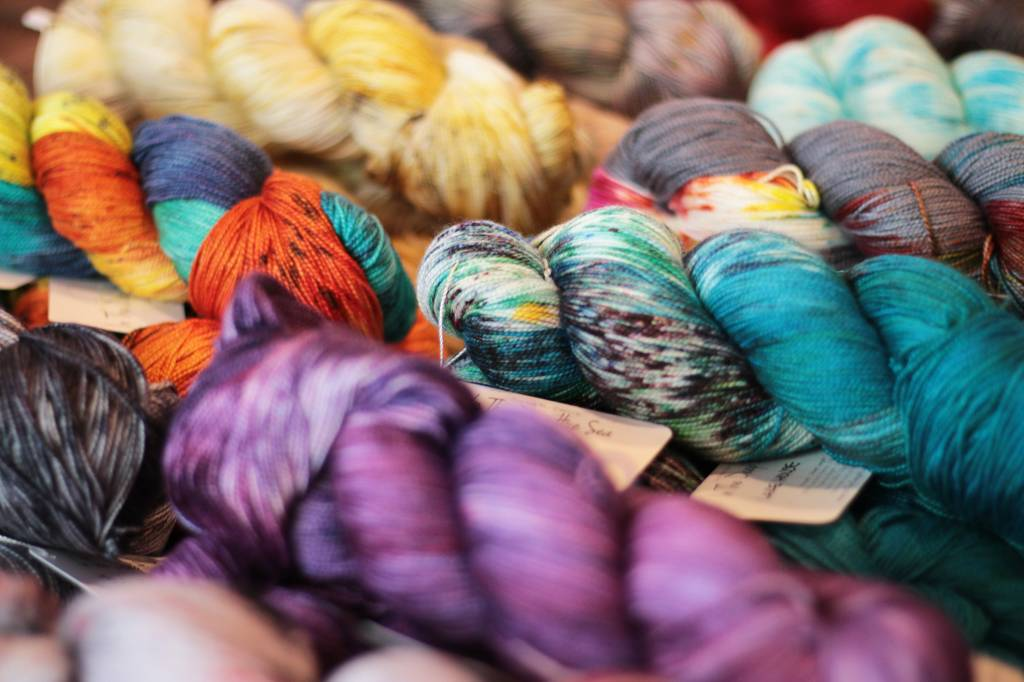 Yarn Friends: In the Deep Hue Sea