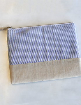 BLUE/WHT Cosmetic Bag
