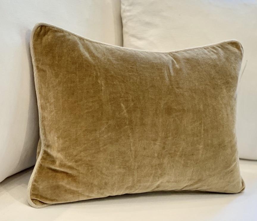 14x20 Wheat Kidney Pillow