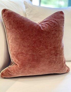 """18"""" Velvet Auburn Pillow"""