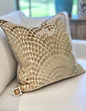 """22"""" Lennix Beige Pillow"""