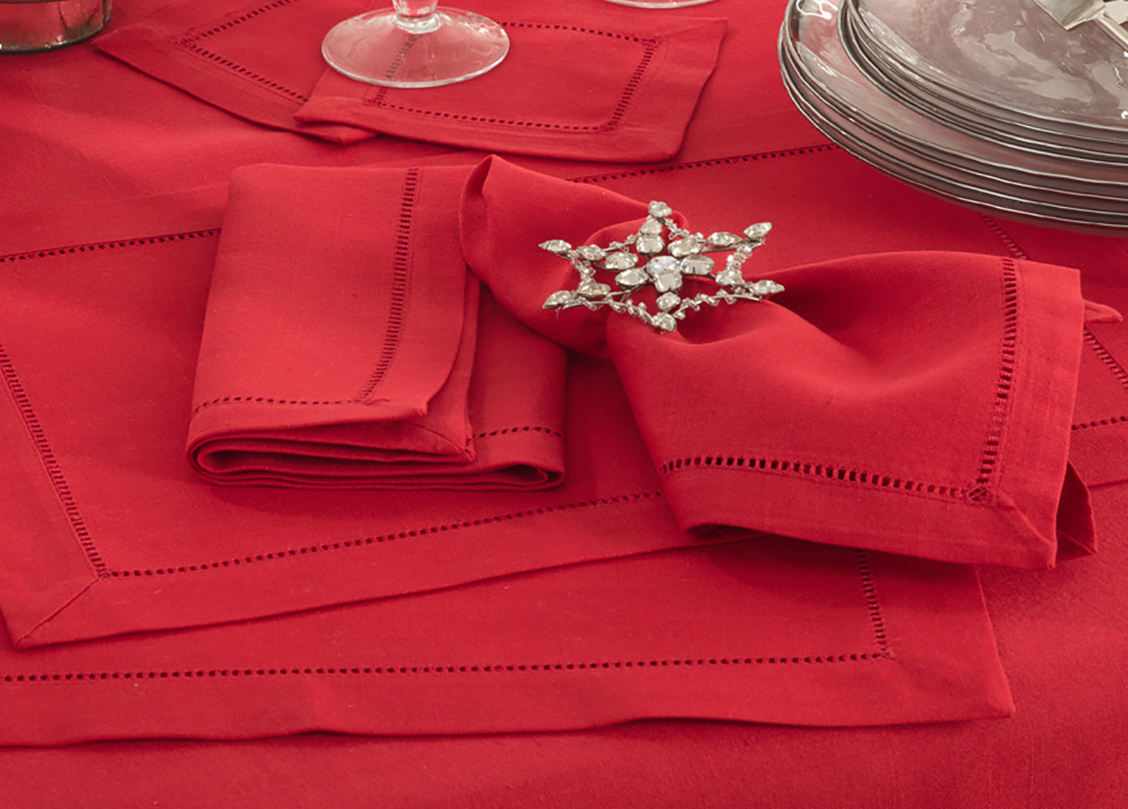 Hemstitched Dinner Napkin RED