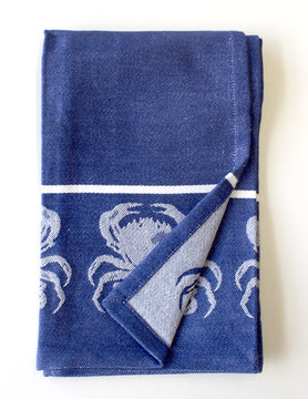 Crab Jacquard Towel NVY/WHT