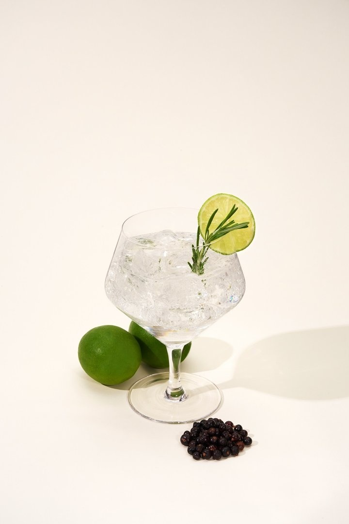 Angled Crystal Gin & Tonic