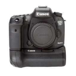 Used Canon 7D mark II body