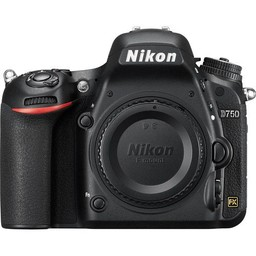 Used Nikon D750 body (8618 clicks)