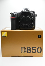 Used D850 Body only (16.6k clicks)