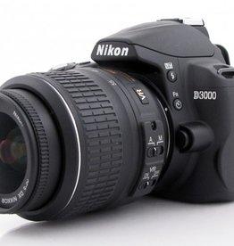 Used Nikon D3000 w/ 18-55mm VR Lens Kit