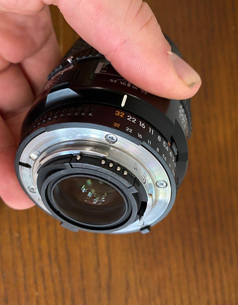 Used Nikon 60mm 2.8D macro