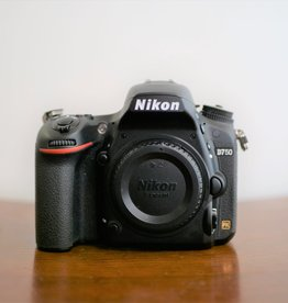 Used Nikon D750 body only (90k Clicks)