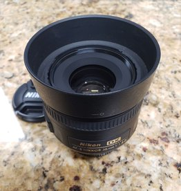 Used Nikon 35mm 1.8G DX