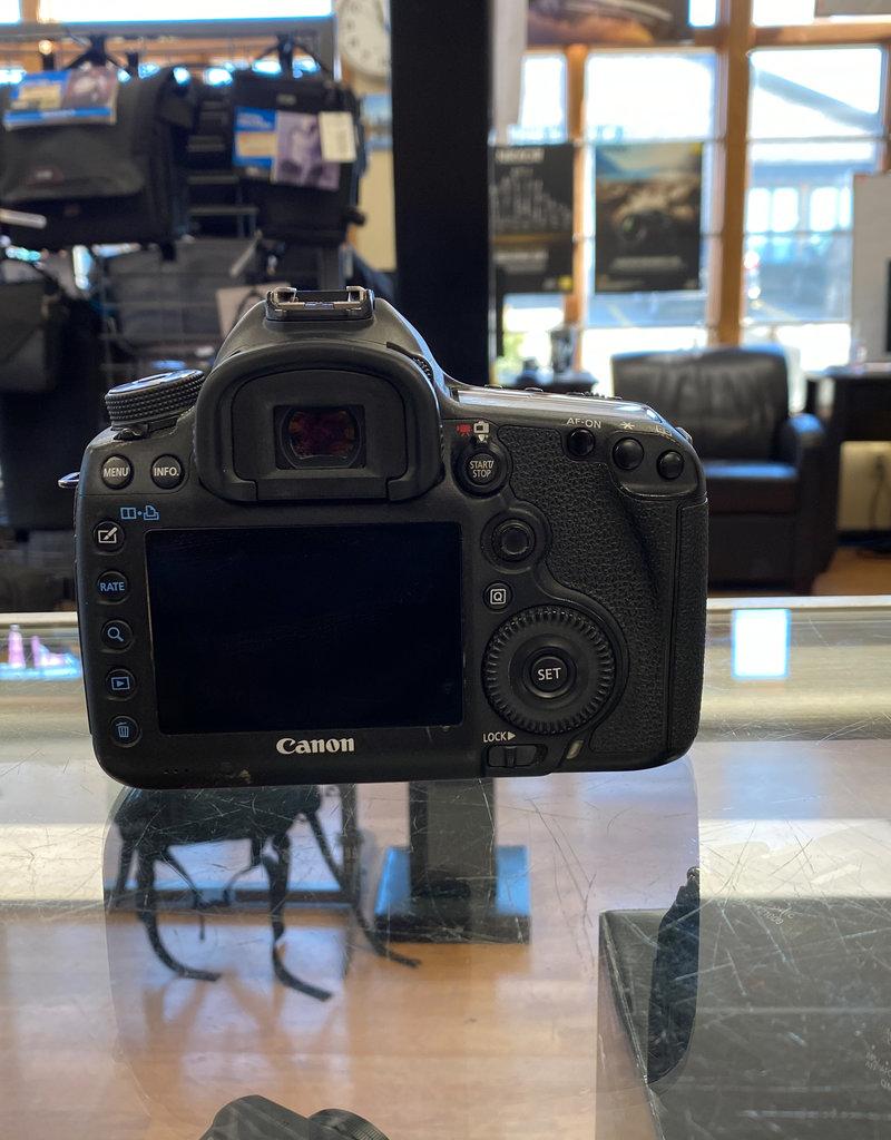 Used Canon 5D III (130k Clicks)