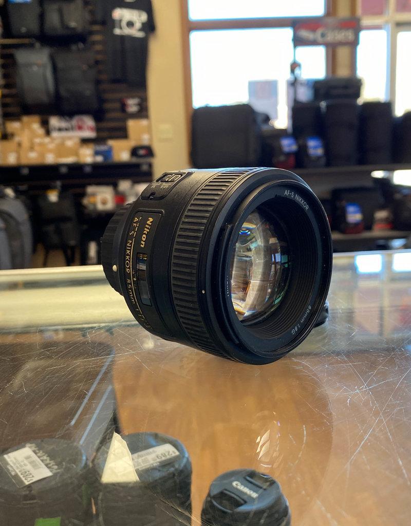 Used Nikon 85mm 1.8G