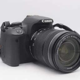 Used Canon T5i w/18-135mm USM kit