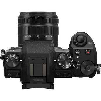 Panasonic Panasonic G7 14-42mm f/3.5-5.6 II Kit (DMC-G7KK)