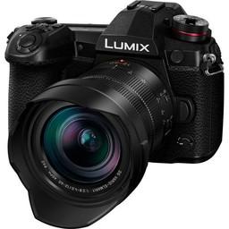 Panasonic Panasonic Lumix G9 12-60mm f/2.8-4 Lens Kit (DC-G9LK)