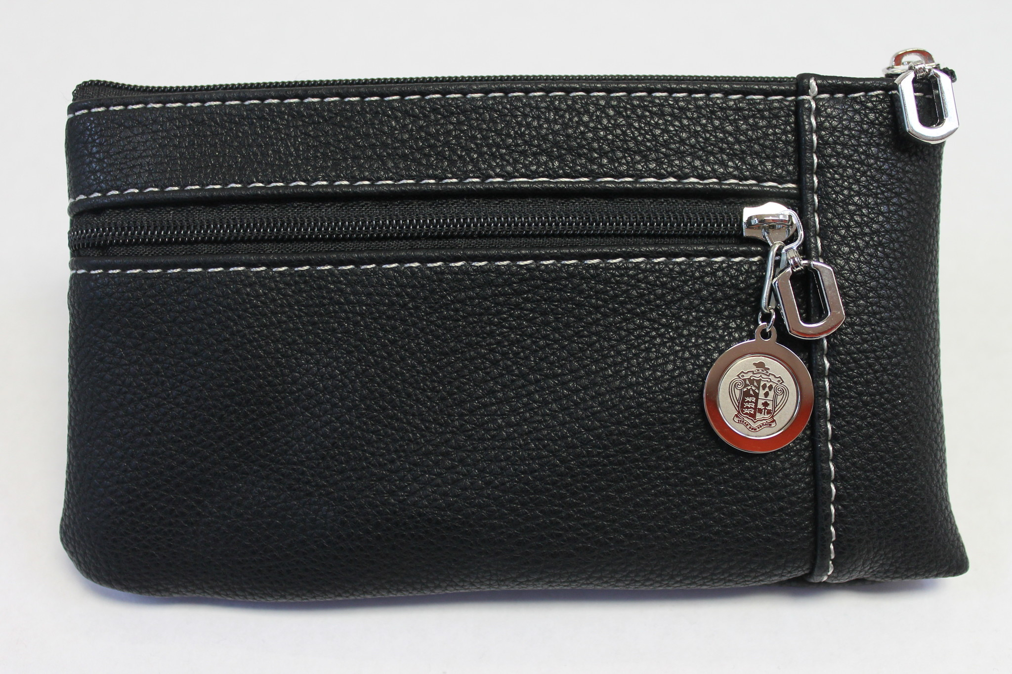 Wristlet with  Crested Pull Tab