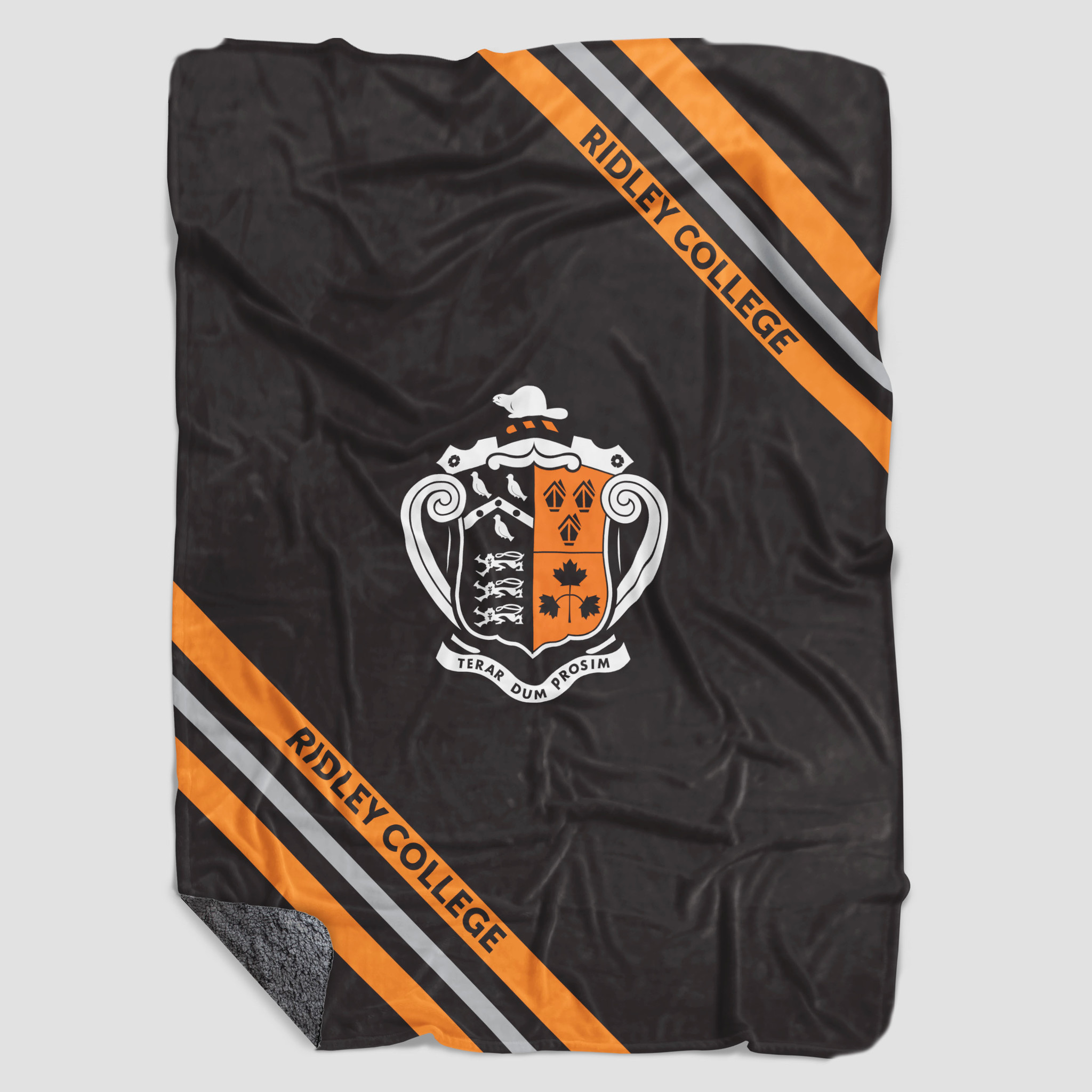 Blanket with Crest - Sherpa