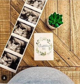Joseph Prints Joseph Prints Leafy Wreath Pregnancy Milestone Cards