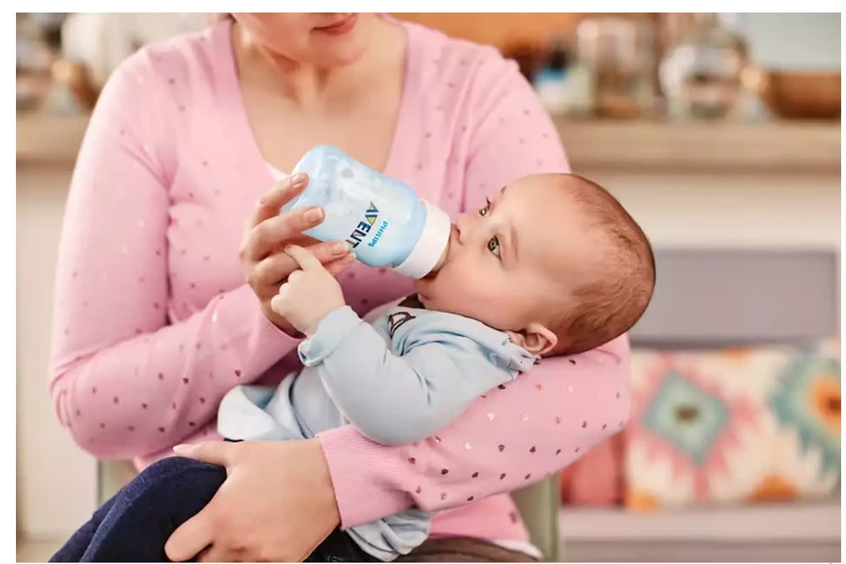 Avent Avent Anti Colic Feeding Bottle 260ml Twin Pk-  Blue
