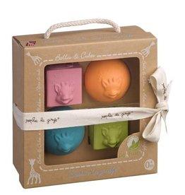 Les Folies Sophie La Girafe So Pure 2 Balls & 2 Cubes