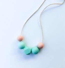 OneChewThree OneChewThree Lily Mini Me Necklace (3yrs plus)