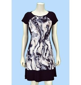 Pretty Woman Solid Sides Dress with Pockets