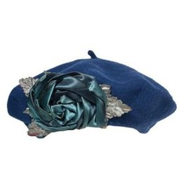 Soft Wool Rose Tam Navy