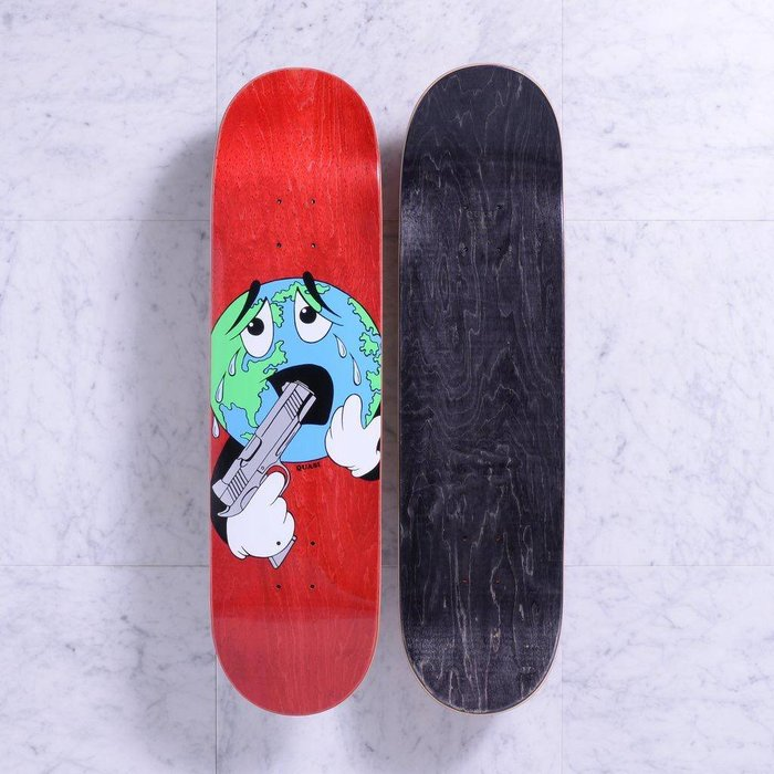 Quasi deck , World (Red), 8.25