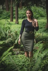 Chloe Angus Designs We've taken our best-selling Peg Skirt and made it in our luxurious, warm, resilient Bamboo Fleece to give your legs a nice warm hug all winter. With plenty of stretch, it slides on comfortably with the same silhouette as our Classic Peg. A winter staple!