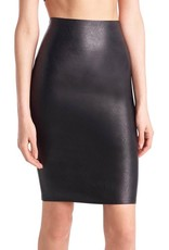 Commando Our faux leather women's skort features a chic pencil cut and built-in, smoothing shorts for a stay-down, flawless fit.