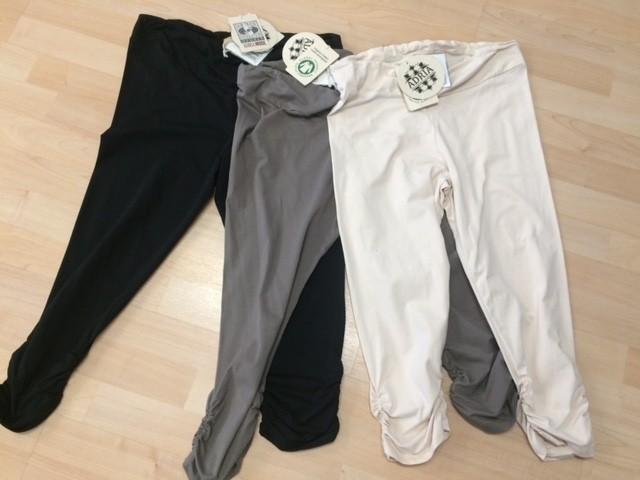Adria Mode Adria Mode Billie-Organic-Cotton-Capri-Leggings