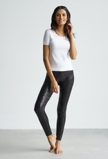 Commando Put on your party pants! These sequin leggings are made with commando's signature internal waistband and a flattering high-rise.