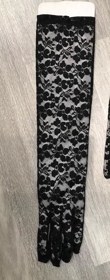 XC Long Lace Gloves