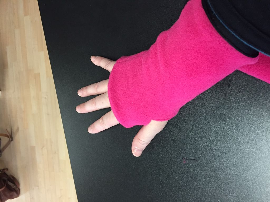 Sportees Wrist Cuff<br /> Polartec 200 Fleece