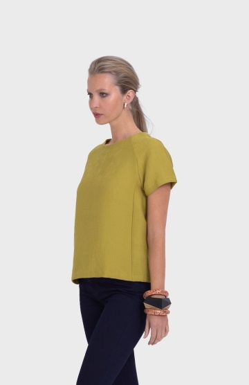 ELK Elk Women's Fine Pleat Top