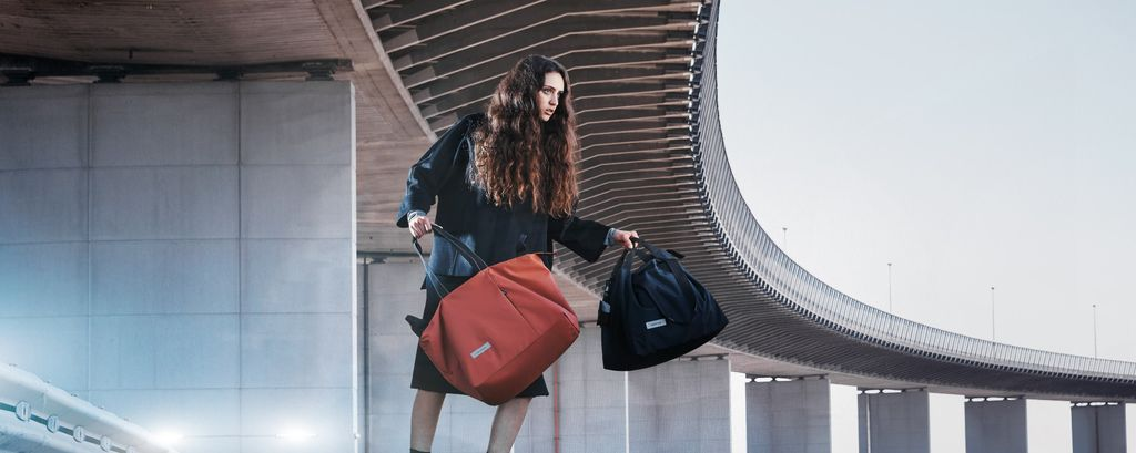 Crumpler The Big Breakfast oversized tote has landed in-store and online. This brand new style is available in the amazing black and copper as part of the Radiant Range.
