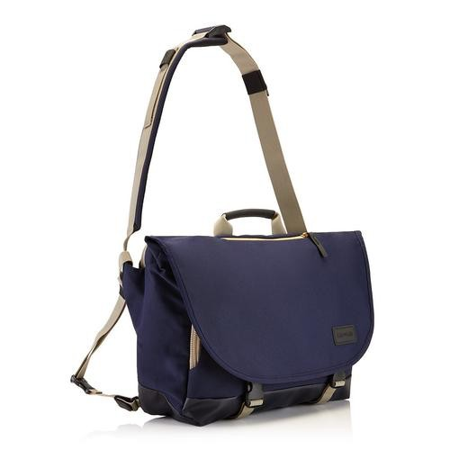 "Crumpler 18.2L of storage<br /> 15"" external laptop sleeve<br /> 6 separate storage compartments including front pocket mini-office<br /> Padded top handle and padded integrated shoulder strap<br /> Velcro and buckled main compartment closure<br /> Removable third leg strap<br /> Weatherproof"