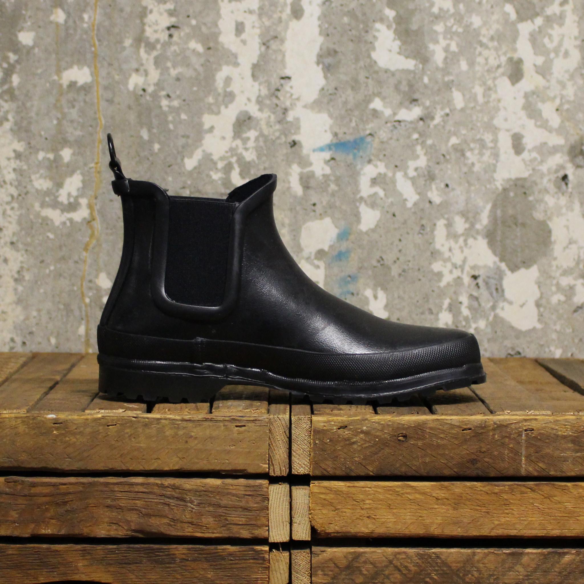 Novesta Novesta Chelsea Boot - Black