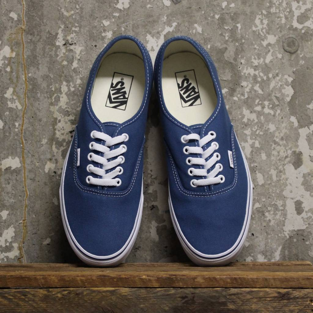 d1d2a25d3d07 Vans Authentic (Classic) - Navy - Bottes et Baskets
