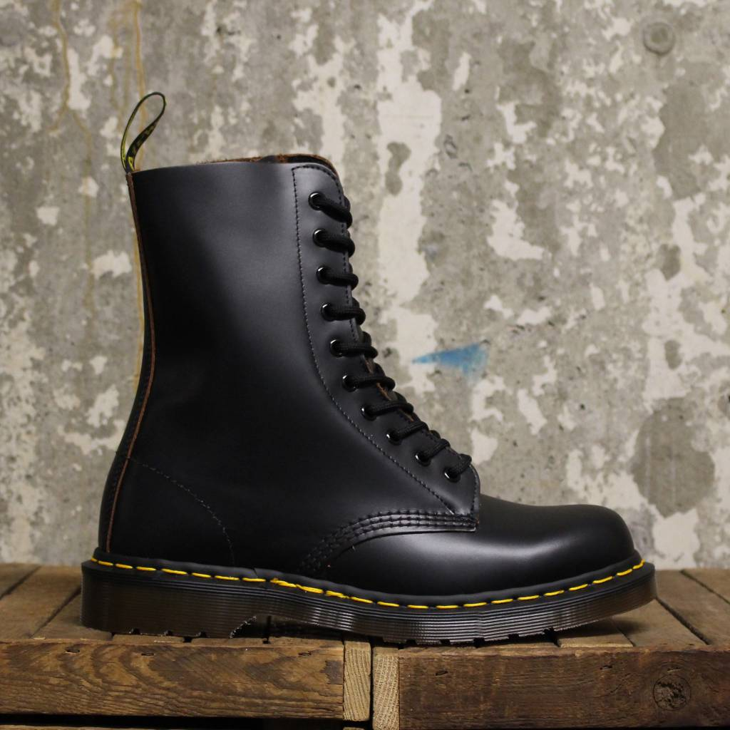 Dr Martens Dr Martens Vintage 1490 (Quilon) - Made In England - Black