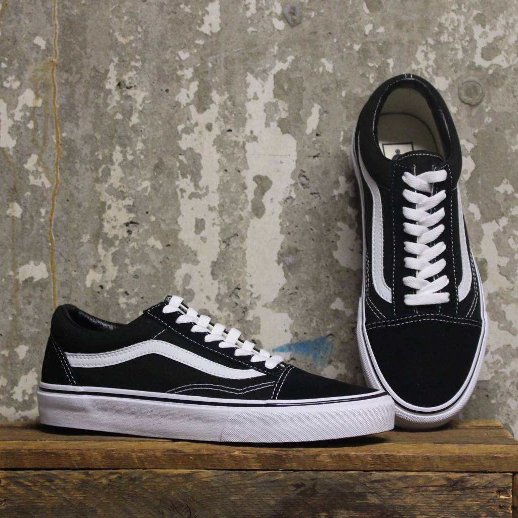 4775df35221 Vans Old Skool - Black White - Bottes et Baskets